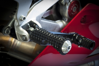 Ducati Panigale replacement of OEM foot rests.